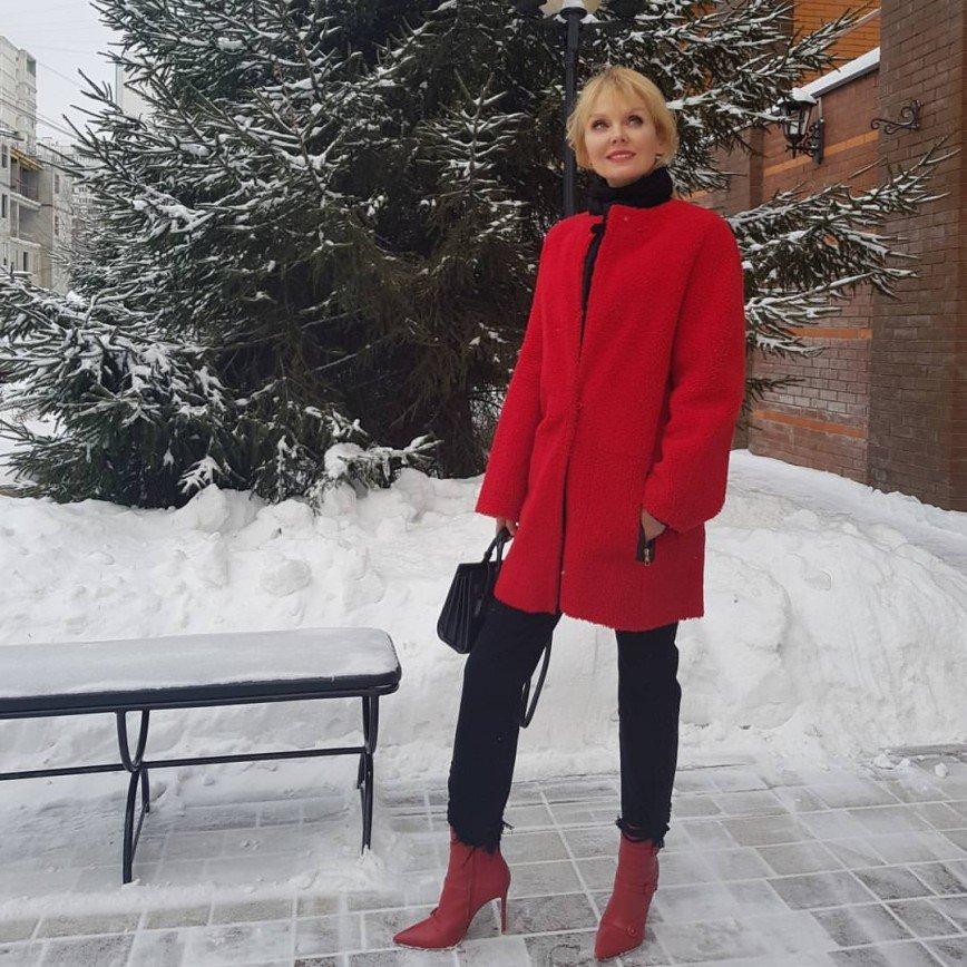 «Волшебство вокруг нас»: певица Валерия попала в зимнюю сказку