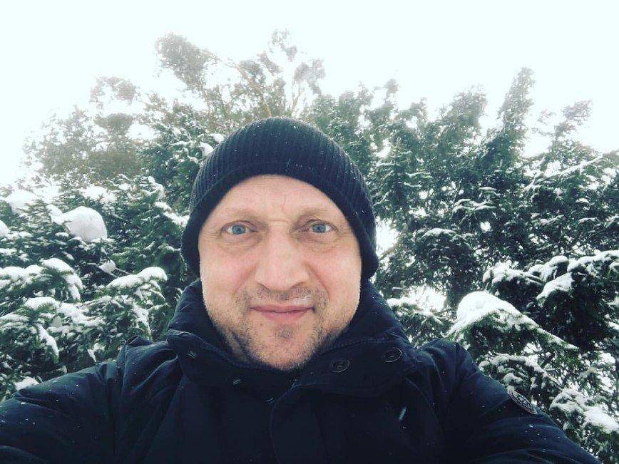 Гоша Куценко призывает поклонников собираться на весенние пикники