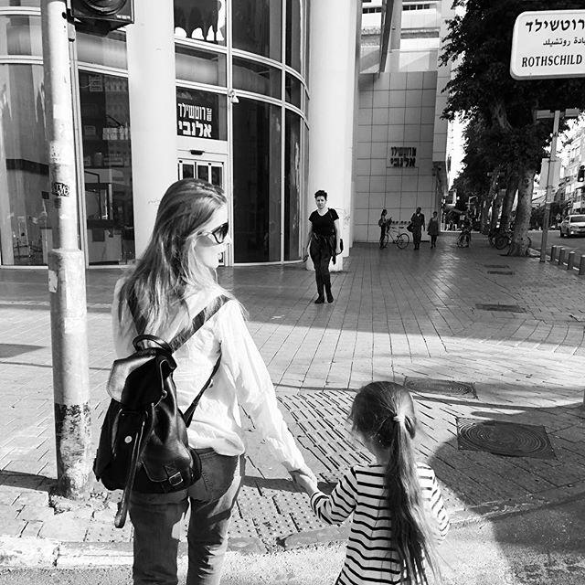«Зачем так спешить?»: Светлана Иванова вышла из декрета через два месяца после родов