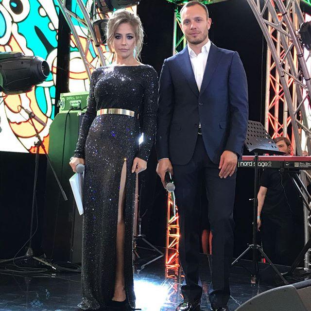 """""""Какая красивая спина!"""": Юлия Барановская восхитила подписчиков своим танцем"""