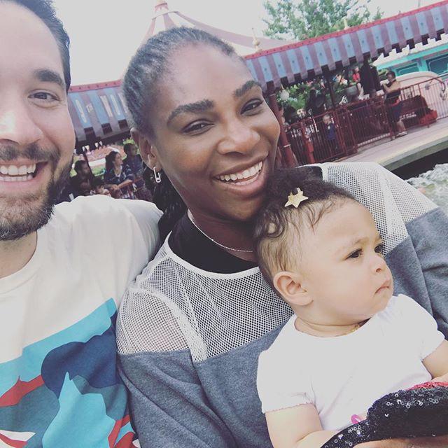 «Я бы тоже плакала»: Серена Уильямс не сдержала слез, узнав о первых шагах дочери