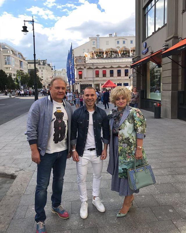 Надежда Кадышева удивила поклонников новым имиджем