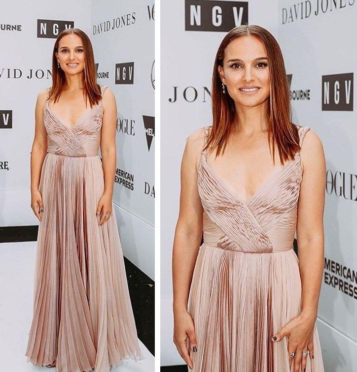 Натали Портман демонстрирует утонченный вкус в нарядах от Dior