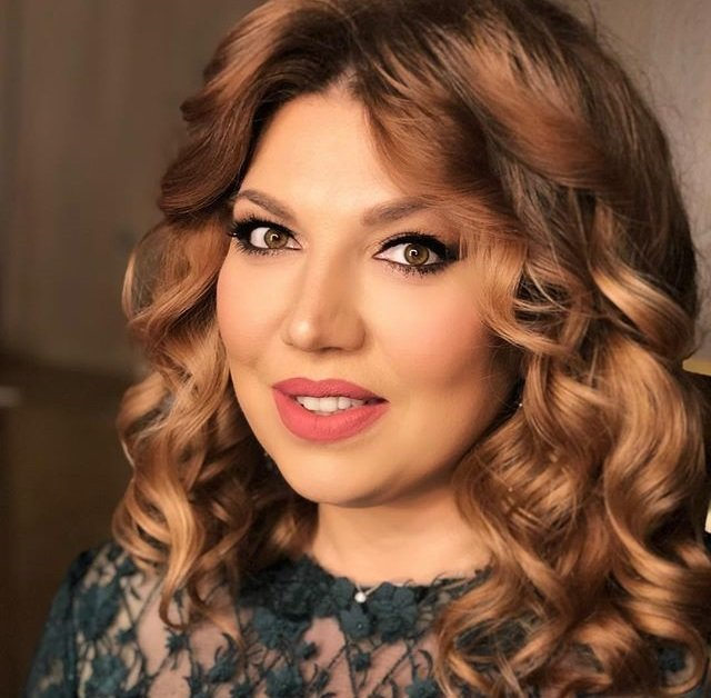 11 килограммов за 2 недели: Екатерина Скулкина активно готовится к лету