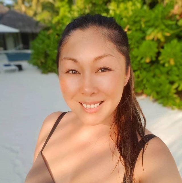 Я похожа на сдобную булочку: Анита Цой не переживает из-за набранных кило
