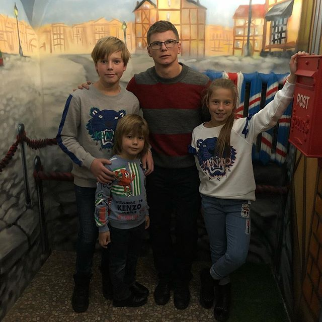 Суд закрыл Андрею Аршавину выезд за границу из-за долгов по алиментам