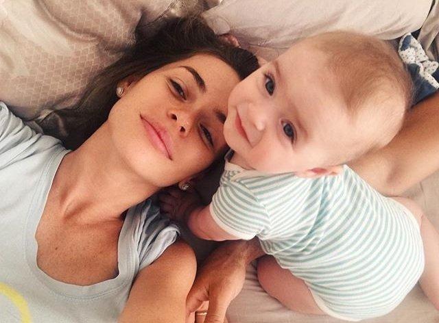 Анна Хилькевич подозревает, что вместо вакцин ее дочь получала физраствор