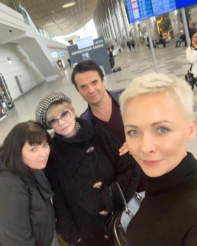 Ах, Астахов: Дарья Повереннова поделилась редким кадром с коллегами по сцене