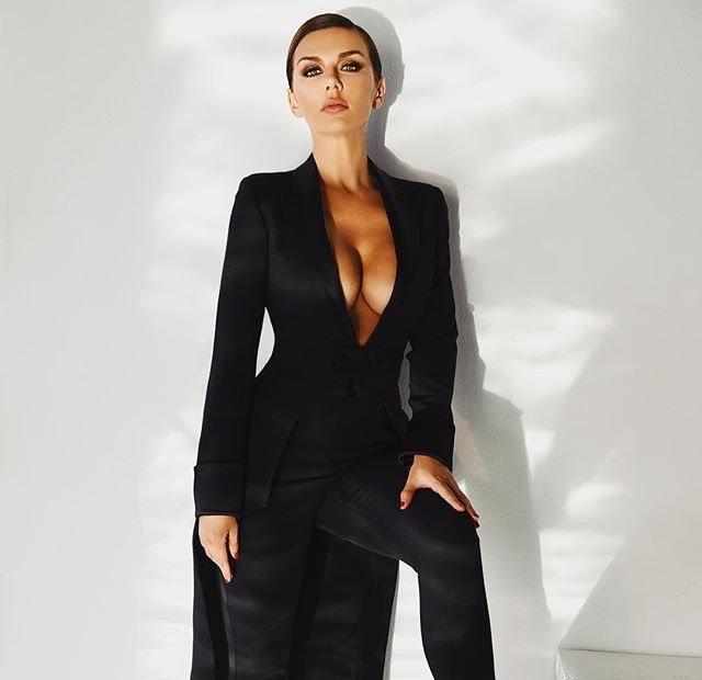 Вдохновленные модой: певицы, которые создали свой бренд одежды