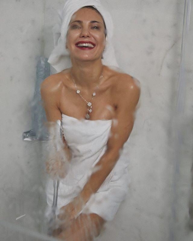Екатерина Климова опубликовала соблазнительные фотографии из душа