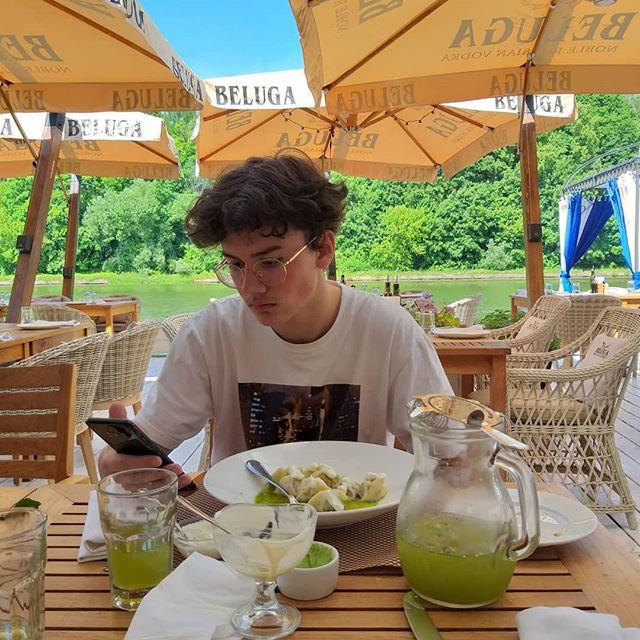 Мария Голубкина опубликовала фото повзрослевшего сына от Николая Фоменко
