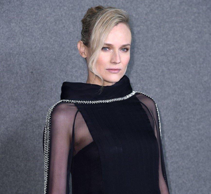 Молодая мать Диана Крюгер посетила модное шоу в Нью-Йорке