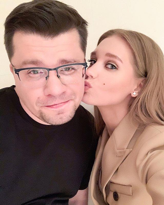 Гарик Харламов сообщил, что на решение о разводе во многом повлияло отсутствие близости