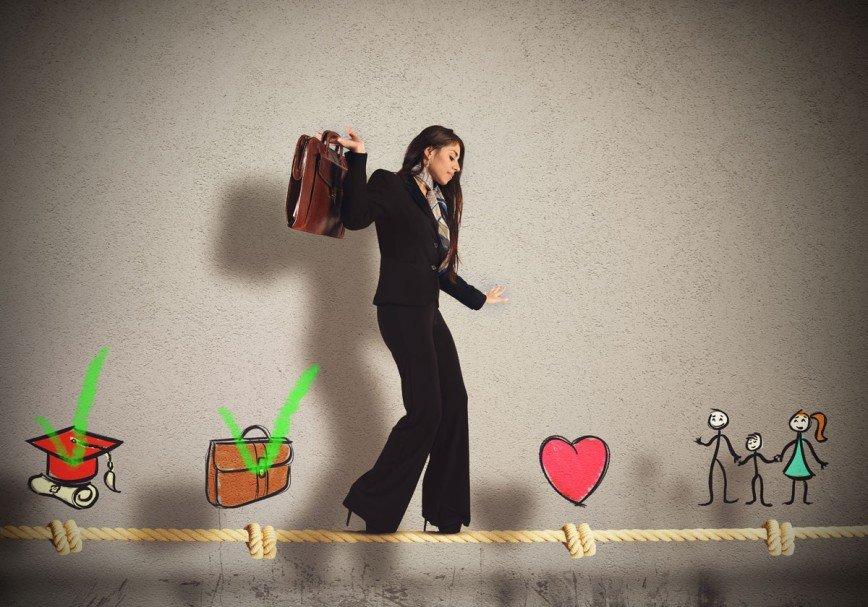 Кто не работает, тот... удачно вышла замуж: домохозяйки против карьеристок
