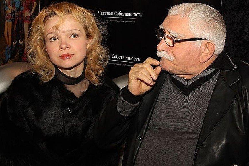 Андрей Малахов разочаровал снимком в компании скандально известной дамы