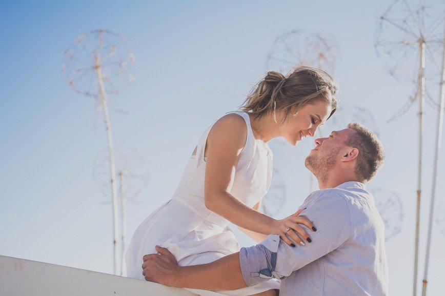 Развод и девичья фамилия: когда стоит сохранять брак, а когда пора расставаться