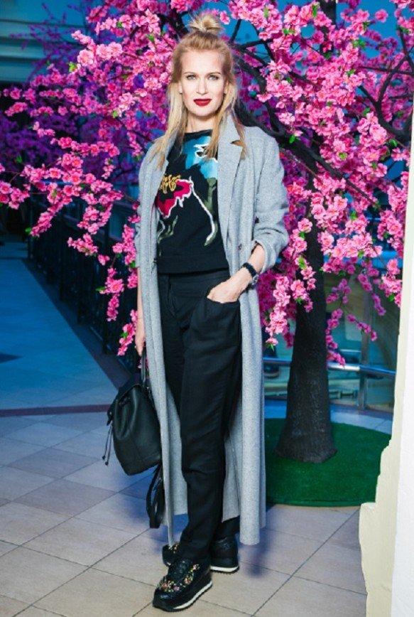 «Как подросток одета»: Олеся Судзиловская удивила образом на модном показе