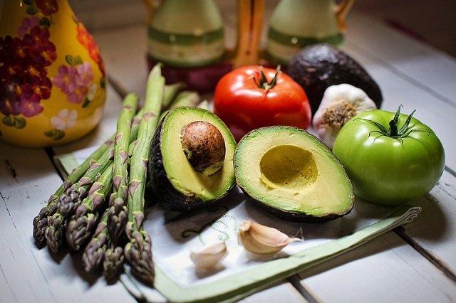 12 продуктов, которые нельзя хранить в холодильнике