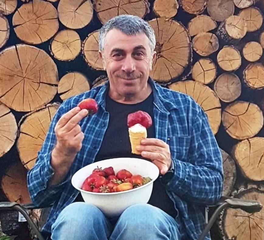 Привет от бабушек: доктор Комаровский против растирания спиртом и уксусом