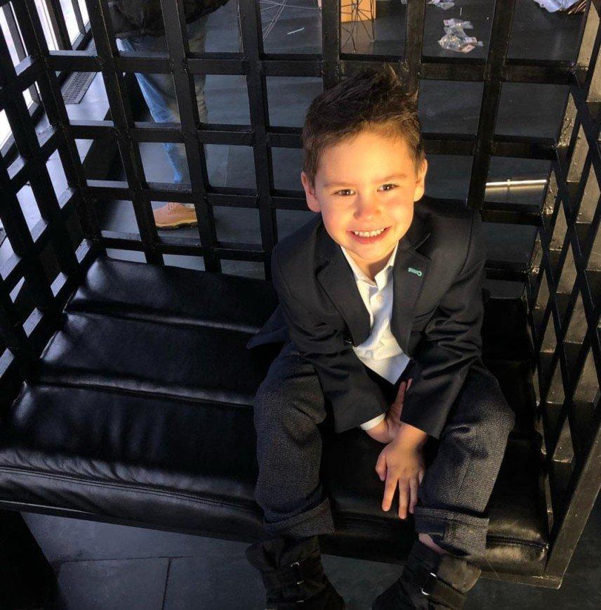 """""""Я мечтала о тебе всегда"""": Агата Муцениеце поздравила сына с днем рождения"""