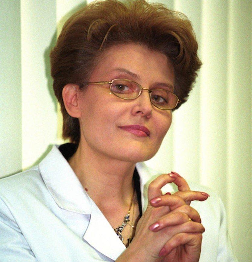 «Свинку жалко»: Елена Малышева показала, какие опыты проводят на животных