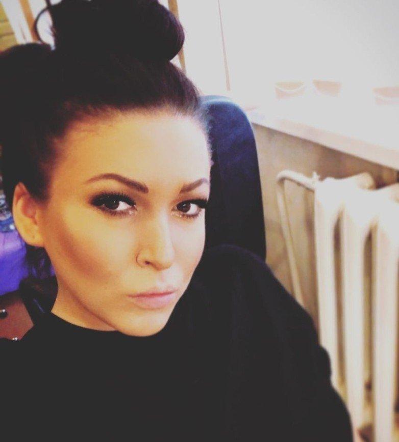 «Кто уже реагирует на ольху?»: Ирина Дубцова пожаловалась на аллергию