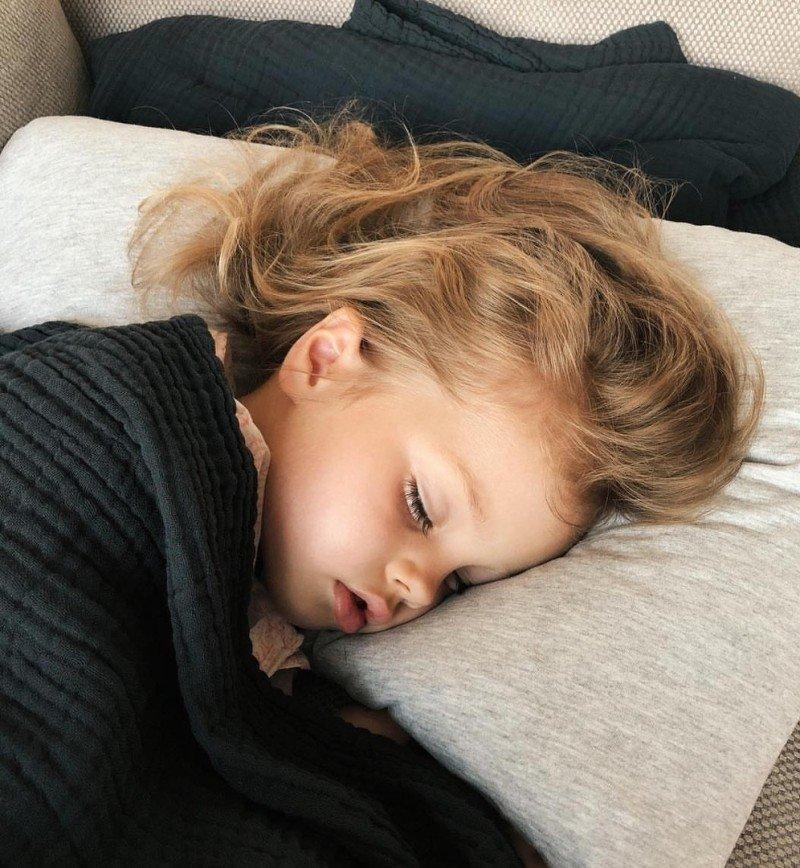 """""""Мамино сердце плачет"""": дочь Елены Перминовой попала в больницу"""