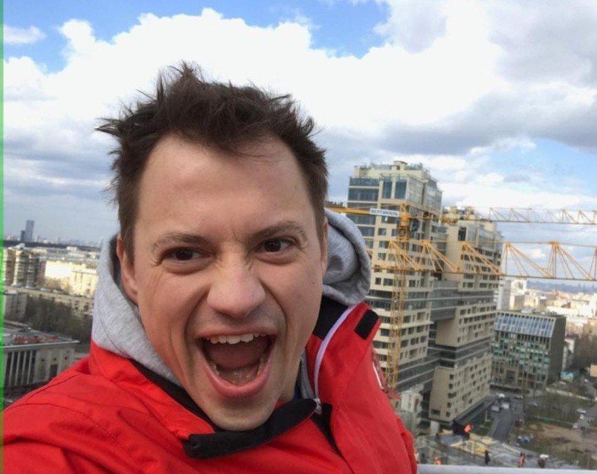 """Идеальный сын олигарха"": Андрей Гайдулян предстал в дерзком амплуа"