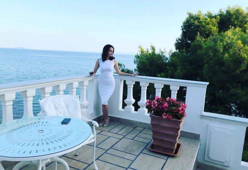 """""""Фигура - бомба!"""": мужчины засыпали комплиментами дочку певицы Славы"""