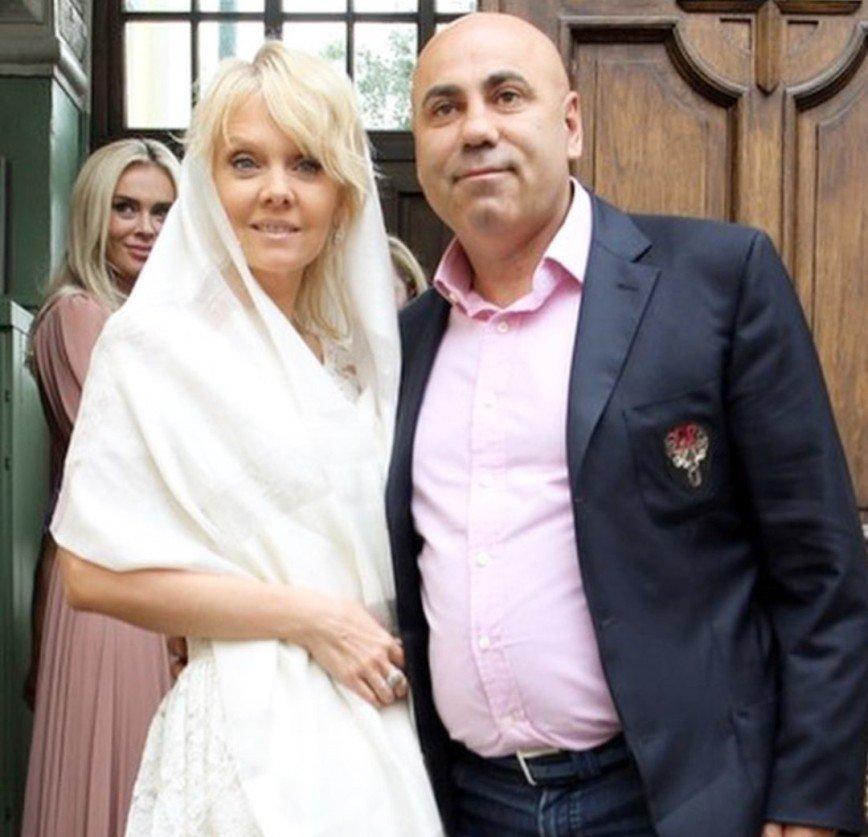 """""""Сколько было препятствий!"""": Иосиф Пригожин и Валерия обвенчались спустя 14 лет брака"""