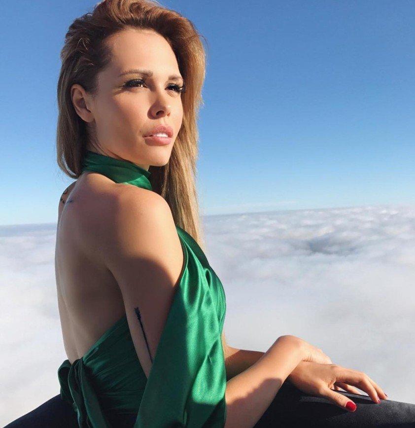 «Надеюсь, они ненастоящие»: Мария Горбань ввела фанатов в заблуждение своими губами