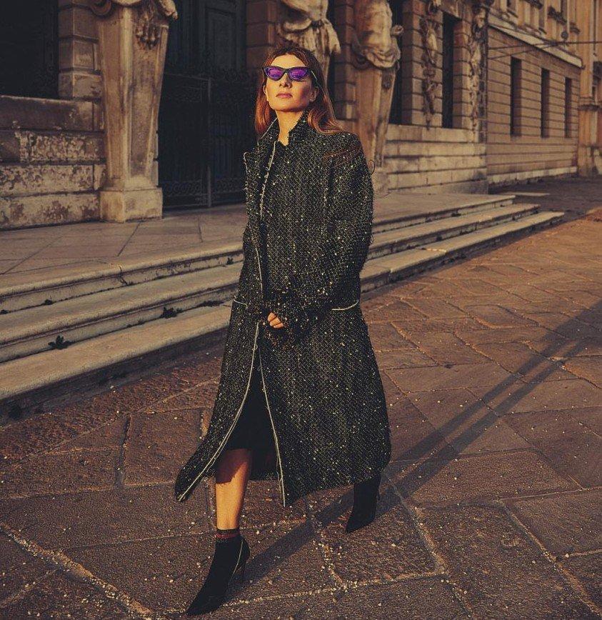 """""""Такое реально носят?"""": Жанна Бадоева надела фиолетовые очки"""