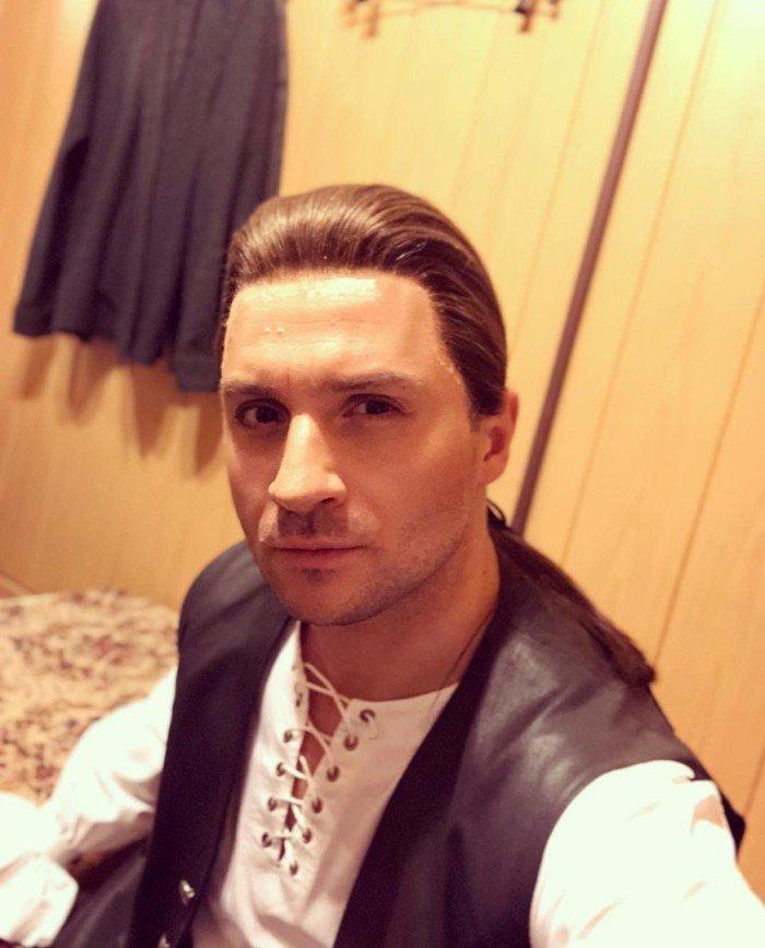«Красивый ты мужик!»: Варнава выразила симпатию Сергею Лазареву