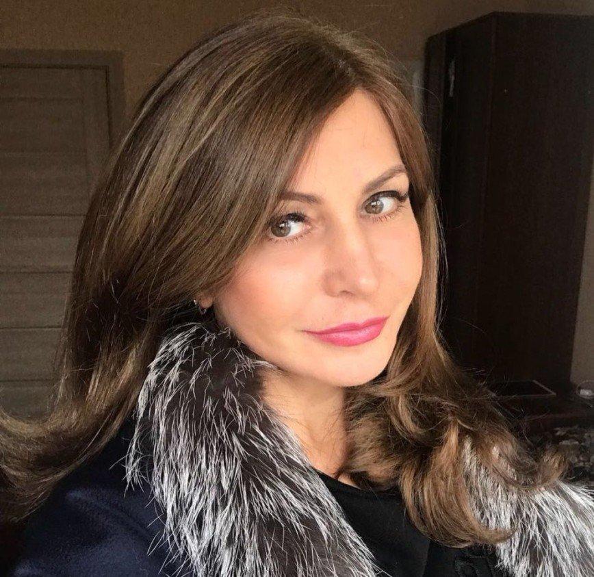 """""""Узнаете, с кем я?"""": Ирина Агибалова поделилась архивным снимком"""