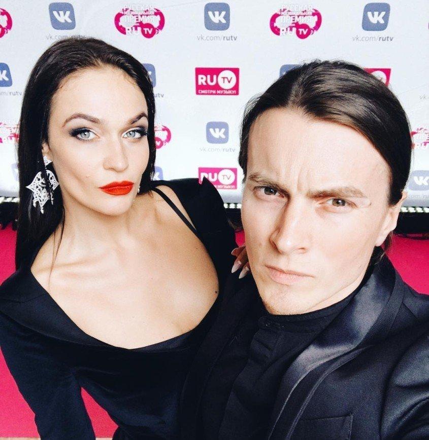 """""""Разрешила бы изменить с Меган Фокс"""": Водонаева креативно поздравила мужа с днем рождения"""