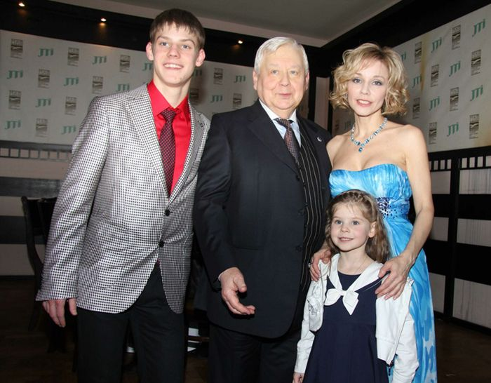 Вместе до последних дней: Олег Табаков и его женщины