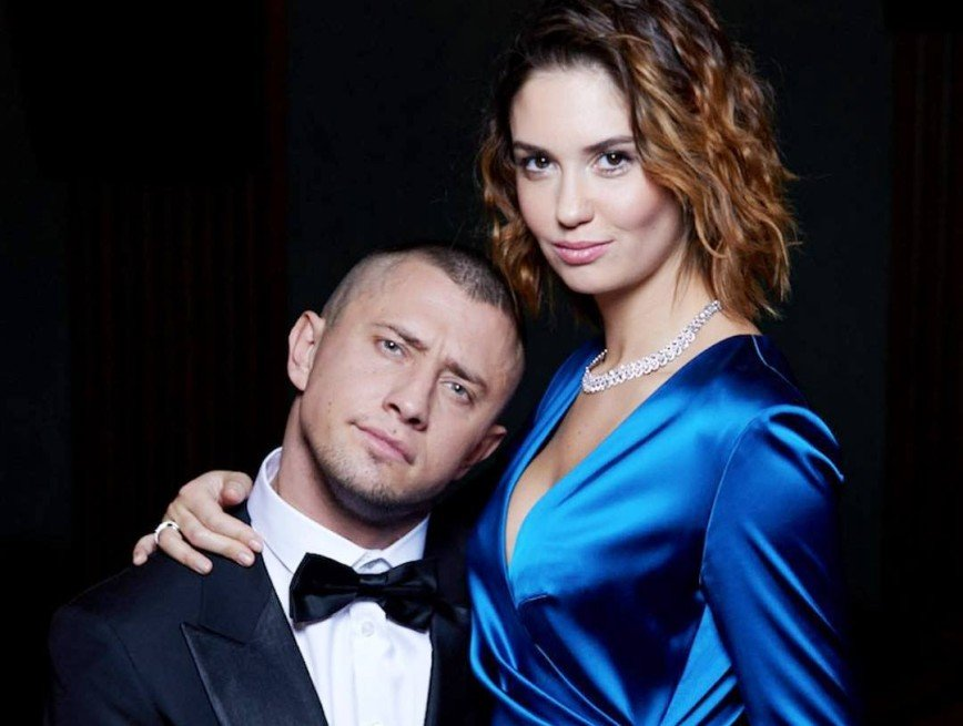 Агата Муцениеце ответила СМИ на тему рукоприкладства мужа
