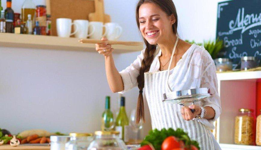 Занятым хозяйкам на заметку: как сэкономить время на кухне