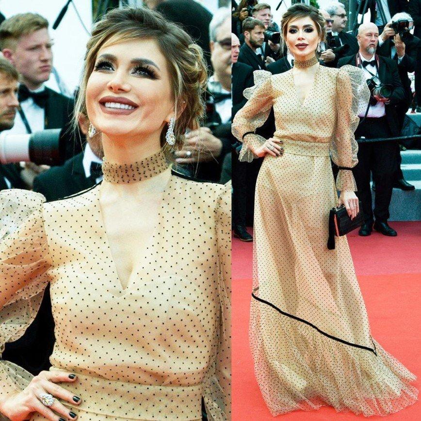 Белла Потемкина появилась в Каннах с экстремально ярким макияжем