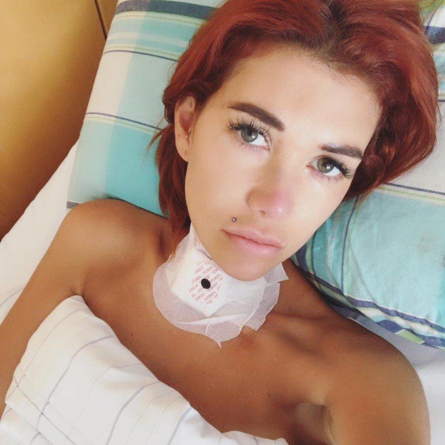 Госпитализированная в Германии Николь Кузнецова рассказала о себе