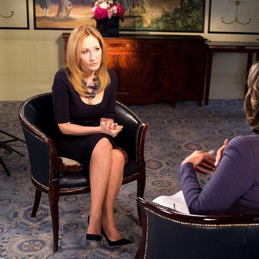 Джоан Роулинг обвинила бывшую ассистентку в воровстве