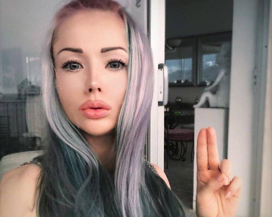 «Живая Барби» Валерия Лукьянова: у женщины должен быть один половой партнер