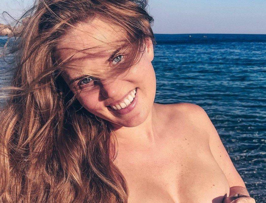 Маша Арзамасова рассказала, как женщинам надо относиться к своему бюсту