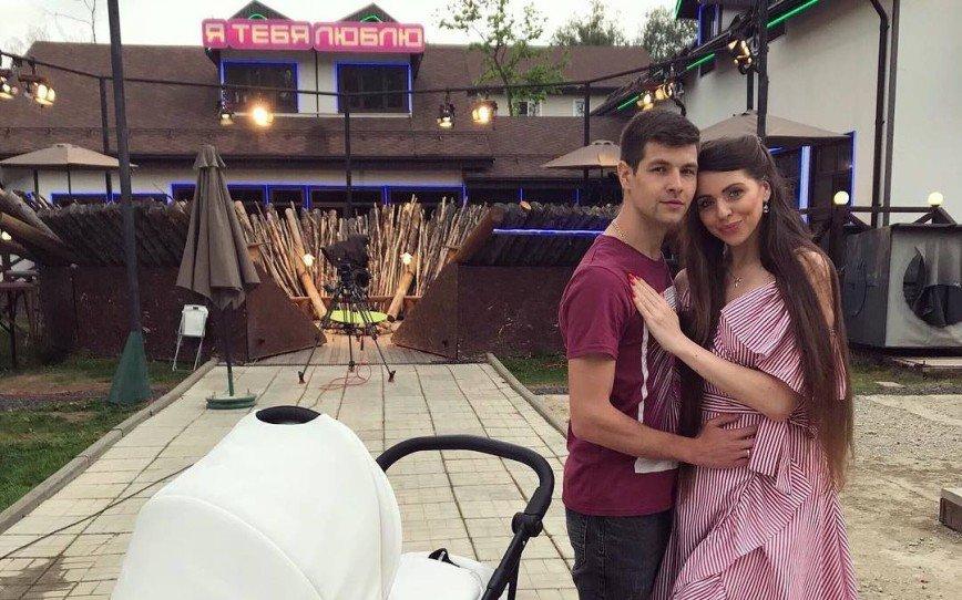 «Будем подавать пример»: Ольга Рапунцель с мужем и дочкой возвращается на «Дом-2»