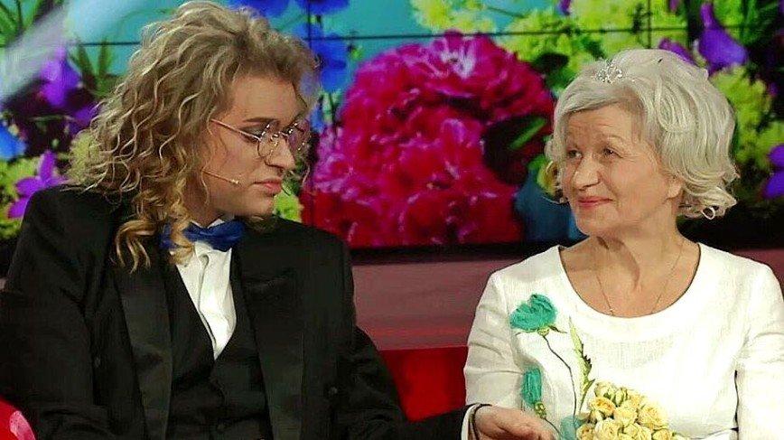 37-летний Гоген Солнцев продемонстрировал сходство с пожилой женой