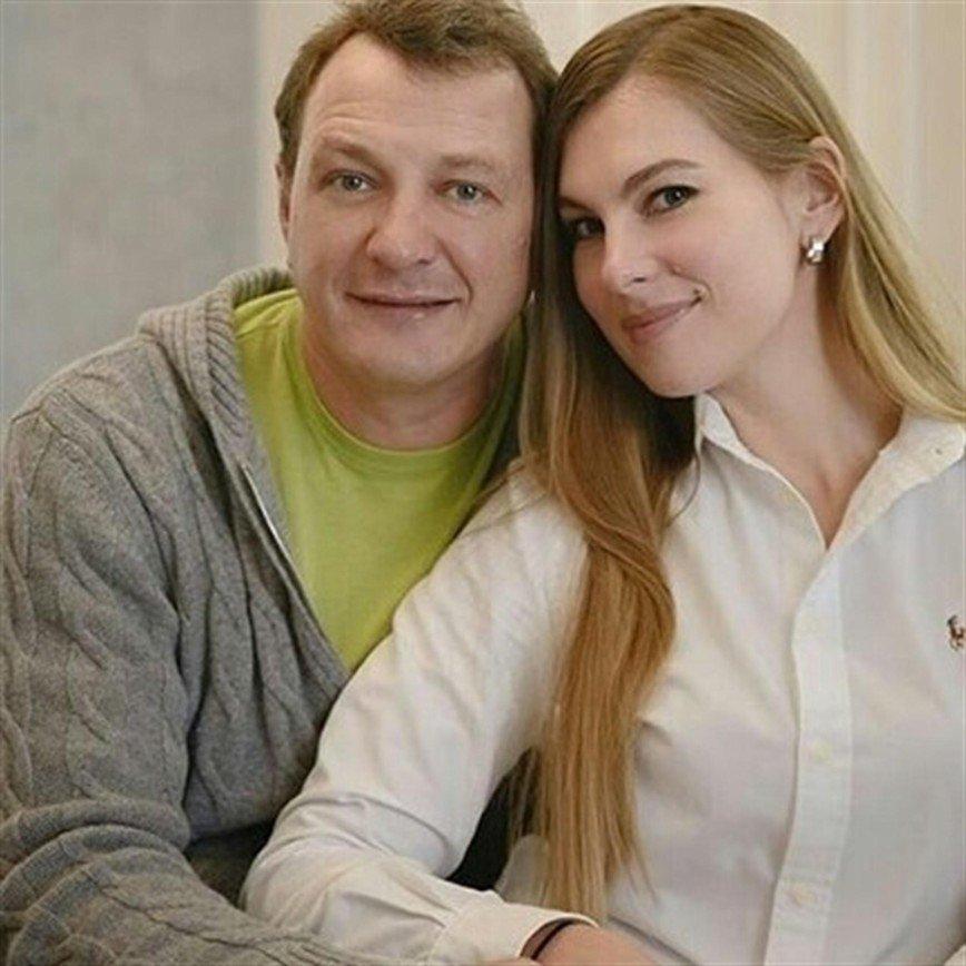 СМИ: Елизавета Шевыркова вернулась к Марату Башарову
