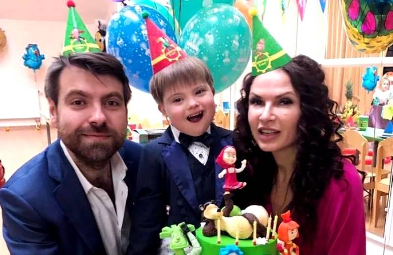 Знаменитые тоже плачут: российские звезды, которые тяжело переживали развод