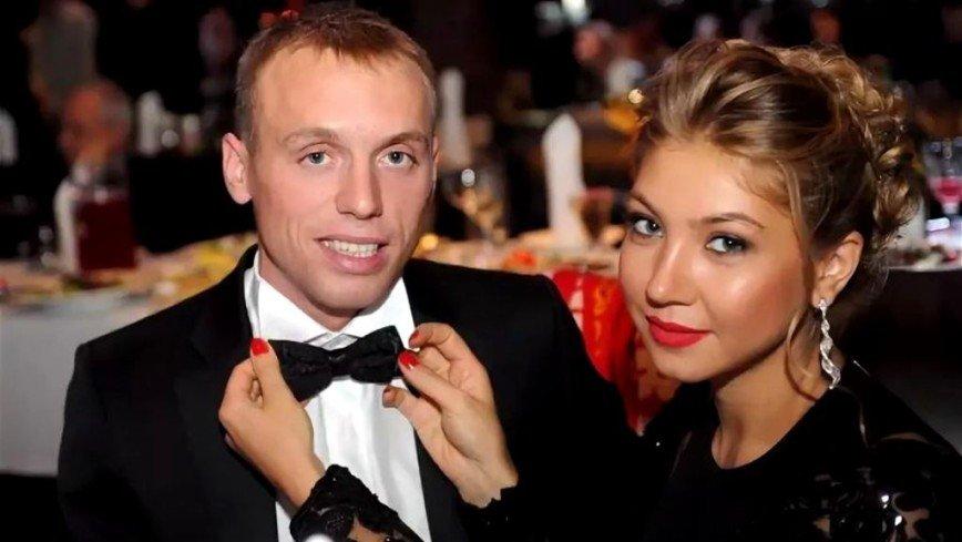 Жена Дениса Глушакова прокомментировала его угрозы
