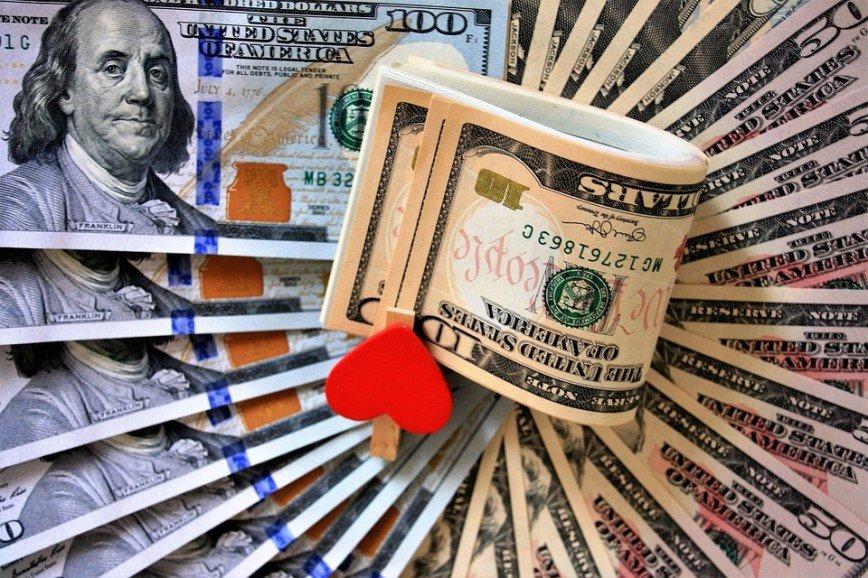 Любовь или кошелек: как семейный бюджет может разрушить отношения