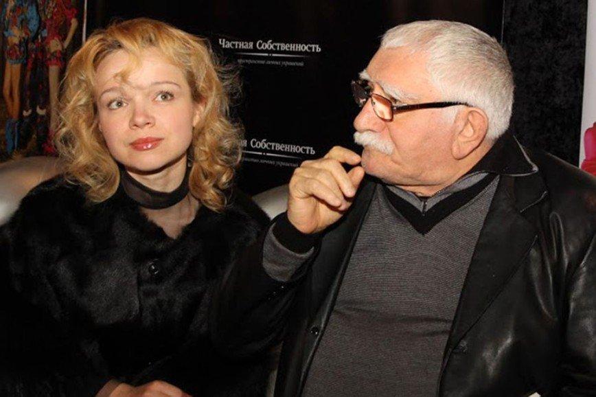 «Сколько шоу будет продолжаться?»: Фадеев устал от скандала вокруг Джигарханяна